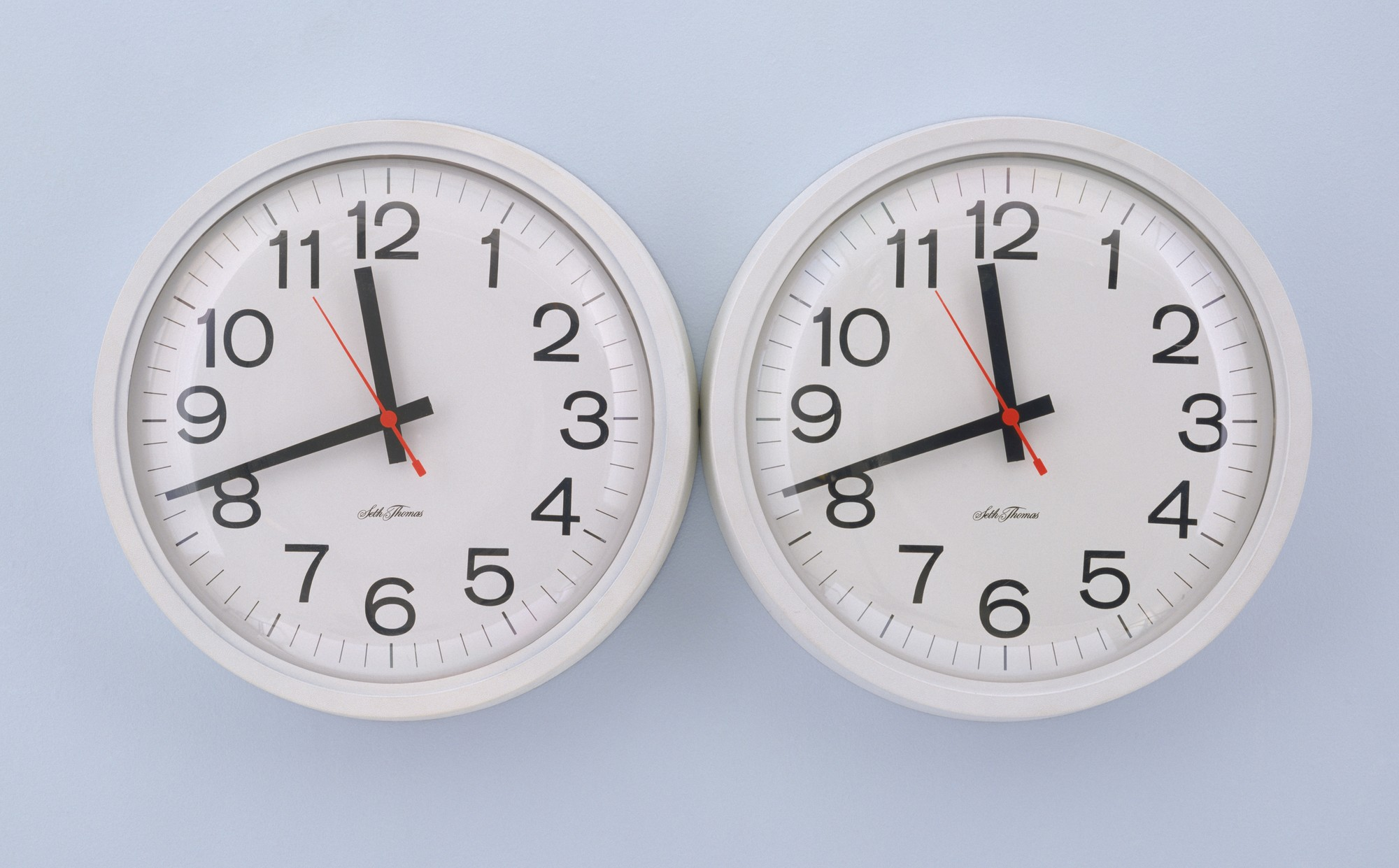 Clocks by Felix Gonzalez-Torres